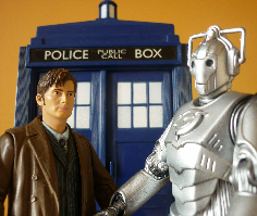 David Tennant as Dr Who with a Cyberman and the Tardis